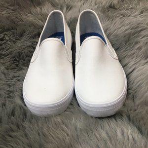 Keds   Women's Slip On Sneaker   Size 8   White